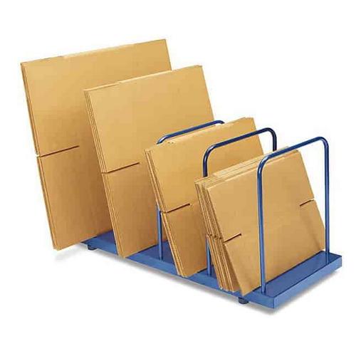 Caixa de papelão decorada